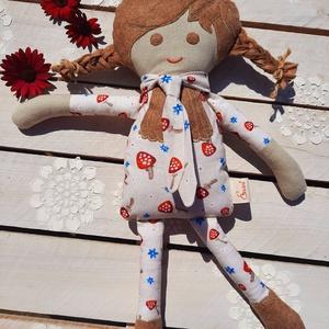 Textil baba, Játékbaba, Rongybaba, Gombás ruhás baba, Játék & Gyerek, Baba & babaház, Öltöztethető baba, Baba-és bábkészítés, Varrás, Enani Baba (45-48cm)\nA baba testét 100%  pamut vászonból, a ruháját designer organikus pamutvászonbó..., Meska