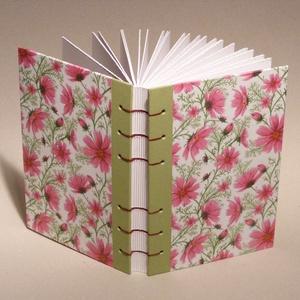 Napló, jegyzetelő, emlékkönyv kopt fűzéssel, könyv virágmintás borítóval, Otthon & lakás, Egyéb, Naptár, képeslap, album, Jegyzetfüzet, napló, Napló, jegyzetelő, emlékkönyv kopt fűzéssel.  A könyvet bordó fonallal fűztem. A kemény kartonlemez ..., Meska