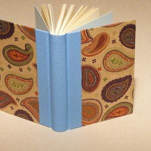 Kasmírmintás napló, emlékkönyv, jegyzetelő üres lapokkal. Kemény borító, keleties mintával, égszínkék vászon gerinc - Meska.hu
