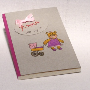 Babanapló, babakönyv kislányoknak, emlékkönyv baba születésére, kézzel fűzött, rajzolt borító lány macival, Naptár, képeslap, album, Otthon & lakás, Gyerek & játék, Jegyzetfüzet, napló, Könyvkötés, Fotó, grafika, rajz, illusztráció, Babanapló, babakönyv kislányoknak, emlékkönyv baba születésére. Keresztelői emlék és ajándék, egyedi..., Meska