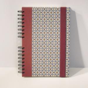 Spirálfüzet kemény borítóval, spirálozott jegyzetfüzet, notesz, gumival, retro motívum - Meska.hu