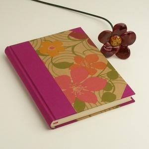 Élénk színű A5 napló, emlékkönyv, jegyzetelő sima lapokkal. Virágos papír kemény borító, pink vászon gerinc, sarkok, Naptár, képeslap, album, Otthon & lakás, Jegyzetfüzet, napló, Könyvkötés, Papírművészet, Élénk színű A5 napló, emlékkönyv, jegyzetelő sima lapokkal. Virágos papír kemény borító, pink vászon..., Meska