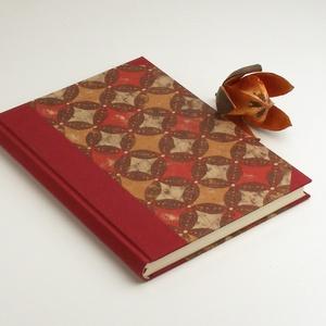 B5 absztraktmintás félvásznas napló, emlékkönyv, vendégkönyv sima lapokkal. Kemény borító, bordó vászon gerinc és sarkok, Naptár, képeslap, album, Otthon & lakás, Jegyzetfüzet, napló, Könyvkötés, Papírművészet, B5 absztraktmintás, félvásznas napló, emlékkönyv, vendégkönyv sima lapokkal. Papír és vászon kombiná..., Meska