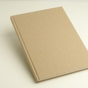 Natúr, kemény borítós, díszíthető könyv B/5 méretben. Napló, emlékkönyv, vendégkönyv, Otthon & Lakás, Papír írószer, Jegyzetfüzet & Napló, Könyvkötés, Natúr, kemény borítós, díszíthető könyv csomagolópapír borítással, B/5-ös méretű.\nA natúr borítóra l..., Meska