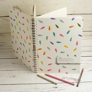 Spirálos rajzfüzet színes borítóval, idézettel. A4 méretű rajzlapokkal, ceruzatartóval, Papír írószer, Otthon & Lakás, Jegyzetfüzet & Napló, Könyvkötés, Papírművészet, Spirálos rajzfüzet színes borítóval, idézettel. A4 méretű rajzlapokkal, ceruzatartóval (ceruza nélkü..., Meska