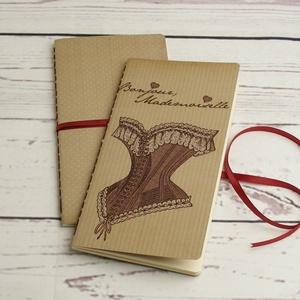 2 db-os füzetcsomag, régimódi, vintage füzetek pöttyös, csíkos borítóval, keskeny, hosszúkás forma, szaténszalag átkötő - Meska.hu