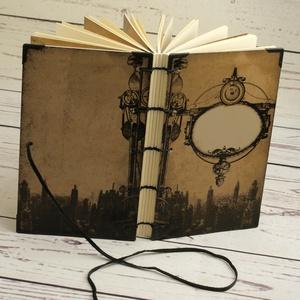 Steampunk jegyzetfüzet, napló, notesz kopt fűzéssel, férfiaknak. Nyomtatott elválasztólapok, fém sarkok, bőrzsinór, Papír írószer, Otthon & Lakás, Jegyzetfüzet & Napló, Könyvkötés, Papírművészet, Steampunk jegyzetfüzet, napló, notesz kopt fűzéssel, férfiaknak. Nyomtatott elválasztólapokkal, fém ..., Meska