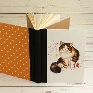 Napló macskával, üres lapokkal, A5 notesz vászon gerinccel, kézzel fűzött macskás emlékkönyv, jegyzetelő, hátul pöttyös - Meska.hu