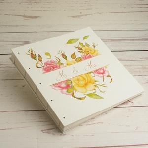 Fehér esküvői fotóalbum kopt fűzéssel. Rózsás fényképalbum mattfehér lapokkal, Mr. és Mrs. scrapbook, emlékalbum, Esküvő, Emlék & Ajándék, Album & Fotóalbum, Könyvkötés, Papírművészet, Fehér esküvői fotóalbum kopt fűzéssel. Rózsás fényképalbum mattfehér lapokkal, Mr. és Mrs. scrapbook..., Meska