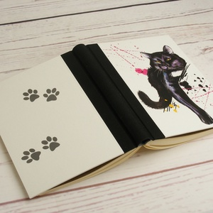 Cicás napló üres lapokkal, A5 notesz vászon gerinccel, kézzel fűzött macskás emlékkönyv, jegyzetelő, hátul mancsnyomos - Meska.hu
