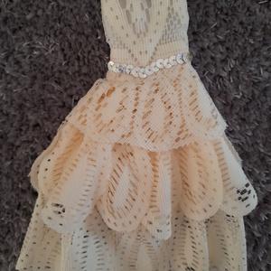 Menyasszonyi ruha babáknak, Játék & Gyerek, Baba & babaház, Babaruha, babakellék, Kézzel készített egyedi menyasszonyi ruha babáknak.  Menyasszony ruha csipke és nylon kombinációjáva..., Meska