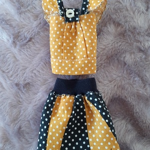 Tavaszi ruha babáknak, Játék & Gyerek, Baba & babaház, Babaruha, babakellék, Pöttyös szoknya és felső Barbie típusú babáknak, narancssárga és fekete színben, masnival díszítve, ..., Meska