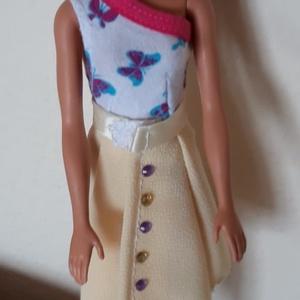 Csinos nyári ruha babáknak, Játék & Gyerek, Baba & babaház, Babaruha, babakellék, Félvállas és vállpánt nélküli póló, vidám nyári szoknyákkal, Barbie típusú babák részére. A csomagba..., Meska