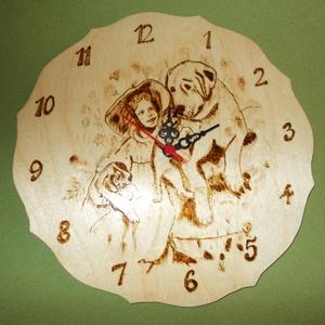 Falióra, Otthon & lakás, Dekoráció, Vegyes technika, Pirográf  technikával mintázott fali óra. Átmérője :20 cm.Más méretben és mintával is elkészítem ,ke..., Meska