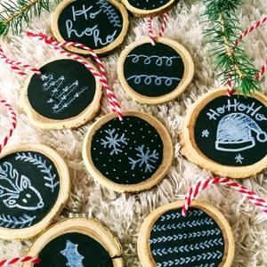 Karácsonyi Fa Dísz, Otthon & Lakás, Karácsony & Mikulás, Karácsonyfadísz, Festett tárgyak, Karácsonyi fából készült dísz, külömböző mintákkal. Kedves kis dísz akár a karácsonyfára vagy ajádék..., Meska