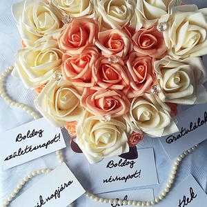 Barack  mámor, Csokor & Virágdísz, Dekoráció, Otthon & Lakás, Virágkötés, Selymes krém és barack színű habrózsák szív alakú dobozban. Adhatod születésnapra, névnapra, köszönő..., Meska