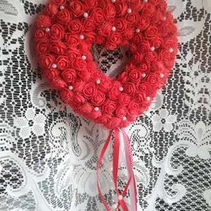 Habrózsa szív, esküvői, szülinapi dekor, Helyszíni dekor, Dekoráció, Esküvő, Virágkötés, Szülinapi vagy esküvői dekort keresel? Vagy ajtódísznek is el tudod képzelni? Ajánlom még köszönőajá..., Meska