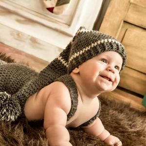 Horgolt kisfiú szett/ babafotózásokhoz / ajándékba/, Gyerek & játék, Kézzel horgolt babafotózásokhoz kiválóan allkalmas kantáros nadrág és sapka.  A méret 0-3 hónapos ko..., Meska