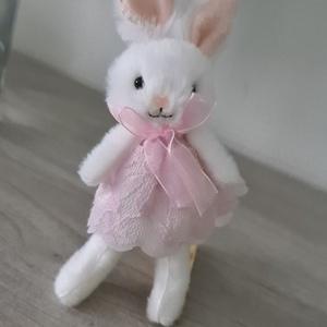 Húsvéti nyuszi dekoráció , Otthon & Lakás, Dekoráció, Baba-és bábkészítés, A húsvéti készülődéshez ezek az apró ám annál édesebb kis nyuszik remek tippet adhatnak a dekorálásb..., Meska