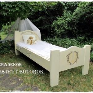 Vintage levendulás ágy (Eradekor) - Meska.hu