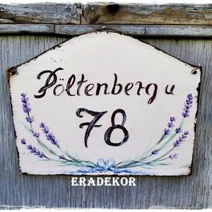 Vintage levendulás  házszámtábla, Otthon & Lakás, Ház & Kert, Házszám, Festett tárgyak, Romantikus lelkek házszámtáblája.\nEgyedi,  tábla, amely kifejezi a családunk  személyiségét.\nRomanti..., Meska