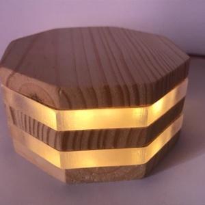 zLamp modern LED-es hangulatlámpa, Lakberendezés, Otthon & lakás, Lámpa, Hangulatlámpa, Famegmunkálás, Melegfehér 1W-os LED-es lámpa, mely kellemes háttérvilágítás vagy különleges asztali dekoráció is le..., Meska