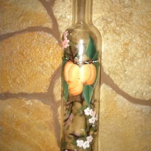 Sárgabarackos pálinkás üveg., Dekoráció, Otthon & lakás, Férfiaknak, Dísz, Sör, bor, pálinka, Festett tárgyak, Üvegművészet, Az ár 1db üvegre vonatkozik! Kézzel festett, prémium minőségű festékkel, kisütött, mosható pálinkás ..., Meska