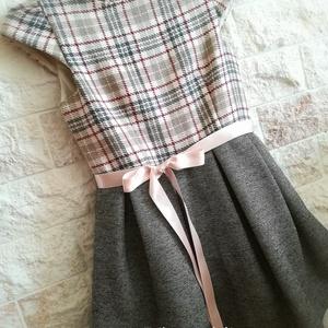 Színes csíkokkal - kislányruha, Gyerek & játék, Táska, Divat & Szépség, Esküvő, Ruha, divat, Gyerekruha, Kétféle anyag parosításából készítettem ez a ruhát kislányok részére. Ezzel a kombinációval több ruh..., Meska