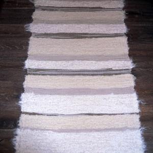 Fehér-bézs-barna csíkos szőnyeg (erikj) - Meska.hu
