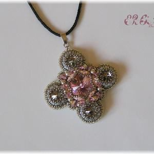 Rózsaszín - szürke gyöngyhímzett nyaklánc Swarovskival (ErSilDesign) - Meska.hu