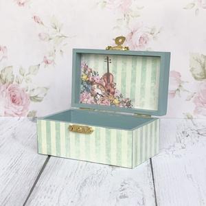 Apró virágos zöld mini doboz, Otthon & Lakás, Dekoráció, Díszdoboz, Festett tárgyak, Decoupage, transzfer és szalvétatechnika, Meska