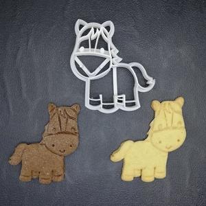 Lovas, ló, paci keksz, sütemény kiszúró forma, Konyhafelszerelés, Otthon & lakás, Egyéb, Mézeskalácssütés, Mindenmás, 3D nyomtatással készült lovas kekszkiszúró. Legnagyobb mérete kb. 6 cm.\n\nSzemélyes átvétel Martonvás..., Meska