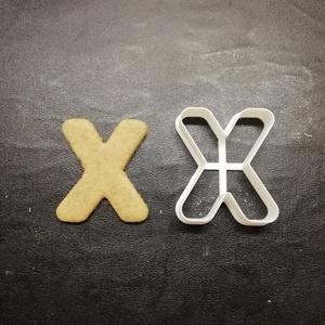 ABC-s (X) kekszkiszúró, Otthon & lakás, Konyhafelszerelés, Egyéb, Mézeskalácssütés, Mindenmás, 3D nyomtatással készült ABC-s (X) kiszúró kekszhez, mézeskalácshoz, fondanthoz. \n\n6 és 8 cm-es méret..., Meska