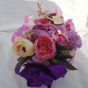 tavaszi virág box, Otthon & lakás, Dekoráció, Dísz, Mindenmás, Ezt a virág boxot a tavasz színei ihlették. Elsődlegesen bazsarózsák alkotják, kiegészítve orchideáv..., Meska