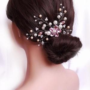 Strasszos menyasszonyi hajdísz, Esküvő, Fésűs hajdísz, Hajdísz, 4 cm-es fém alapra készült hajdísz, kristály virággal. Szélessége kb. 14 cm, magassága 8 cm, alakíth..., Meska
