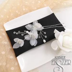 Selyemvirág hajtű, Esküvő, Hajdísz, Hajtű, Csodás selyemvirágokkal készült, kristályokkal díszített hajtű., Meska