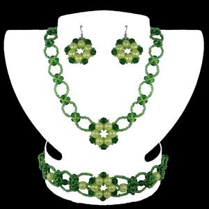 Zöld Virág Variáció, Ékszer, Ékszerszett, Ékszerkészítés, Gyöngyfűzés, gyöngyhímzés, Egyedi tervezésű és készítésű gyöngyfűzött ékszerszett, nyaklánccal, karkötővel és fülbevalóval. Vil..., Meska