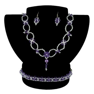 Halvány lila Bálkirálynő, Ékszerszett, Ékszer, Ékszerkészítés, Gyöngyfűzés, gyöngyhímzés, Egyedi tervezésű és készítésű gyöngyfűzött ékszerszett, nyaklánccal, karkötővel, fülbevalóval és gyű..., Meska