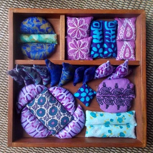 Illatos búzazsákocskák(lila-kék)-kirakóhoz gyerekeknek(29db), Játék, Gyerek & játék, Készségfejlesztő játék, Babzsák, Bútor, Otthon & lakás, Varrás, Újrahasznosított alapanyagból készült termékek, A búzazsákok készítésekor 100%-ban pamut anyagokat használtam, amelyek Indiából és Ghánából  származ..., Meska