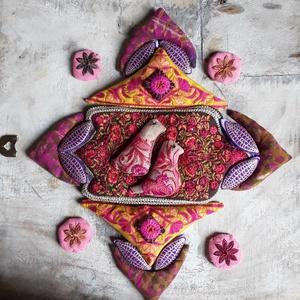 Csupa virágzó boldogság- Illatos búzazsák készlet-kirakóhoz , Játék & Gyerek, Társasjáték & Puzzle, Varrás, Csupa virág, csupa hímzés, csupa könnyűség, csupa fény...                                           ..., Meska