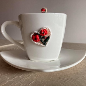Pipacsos kávéskészlet kanállal garnitúra, Otthon & Lakás, Konyhafelszerelés, Bögre & Csésze, Gyurma, A Pipacsos kávéskészlet garnitúra 1 db fehér színű porcelán csészéből (15 cl), alátétből (16 cm átmé..., Meska