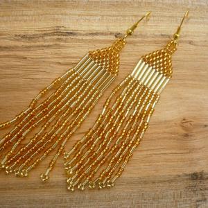 """""""Aranyeső"""" arany színű hosszú gyöngy fülbevaló, alkalmi ékszer, Ékszer, Csillár fülbevaló, Fülbevaló, Csodálatosan szépen csillogó fülbevaló, szebb, mint a képeken.  Anyaga cseh üveg kásagyöngy és a cso..., Meska"""