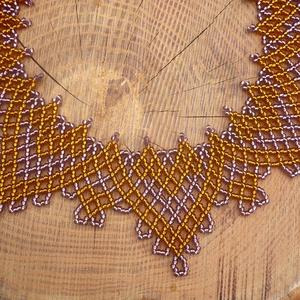lila-arany ukrán gyöngygallér, gyöngynyaklánc. - ékszer - nyaklánc - nyakpánt, gallér - Meska.hu