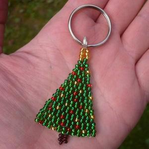 Fenyőfa, karácsonyfa kulcstartó, táskadísz - Meska.hu