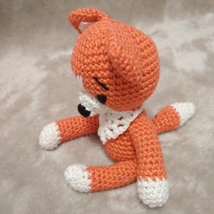 Rókuci, a kis róka (evamolnarne) - Meska.hu