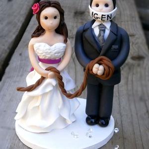 Esküvői tortadísz, Esküvő, Esküvői dekoráció, Nászajándék, Gyurma, A tortadíszt polymerből készítettem, tartós, nem törik, vízálló. \nA megrendelő kérésére készült. \nFo..., Meska