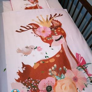 Babatakaró őzikés, Takaró, Lakástextil, Otthon & Lakás, Varrás, Csodaszép egyedi textilekből készült ágynemű szett.\n\nHárom rétegből áll. A felső réteg 100 %-os pamu..., Meska
