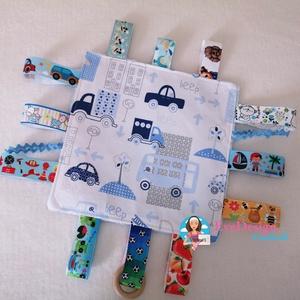 Plüss-Pamut címkerongyi, rongyi kendő, Játék & Gyerek, 3 éves kor alattiaknak, Alvóka & Rongyi, Varrás, Designer textilből és babyplüssből varrtam ezt készségfejlesztő kis rongyikendőt. A baba sok időt tu..., Meska