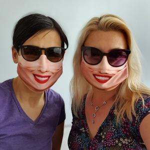 Tündöklő mosoly - női textil arcmaszk, Táska, Divat & Szépség, Szépség(ápolás), Maszk, szájmaszk, Ruha, divat, Kendő, Fotó, grafika, rajz, illusztráció, Varrás, A tündöklő mosoly női arcmaszk a textilmaszkokkal megegyező funkciót tölt be és az általa nyújtott v..., Meska