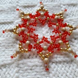 Diána - gyöngy karácsonyfadísz (2. rész), Otthon & Lakás, Karácsony & Mikulás, Karácsonyfadísz, Gyöngyfűzés, gyöngyhímzés, Rézdrótra fűztem a képeken látható csillagokat. Tekla, kása-, és csillogó üveggyöngyöket használtam ..., Meska